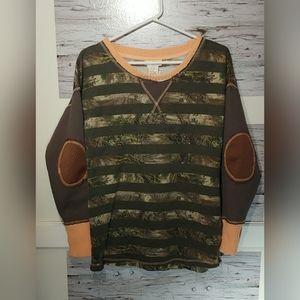 Women's Large RealTree Long Sleeve Camo Sweatshirt